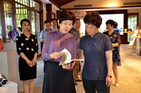 西安市委常委、统战部部长史晓红到长安唐村项目检查工作